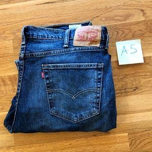 Men's Levi's 541 jeans 39x30